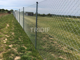 SKALICA (SK) 2020 – POZINKOVANÉ PLETIVO 2,20 MM se zapleteným napínacím drátem + atypická brána 7 m